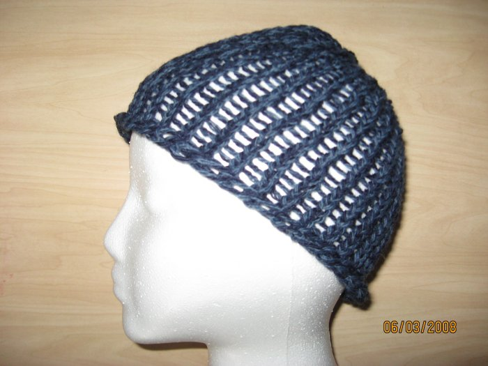 Blue Specks skully knit hat
