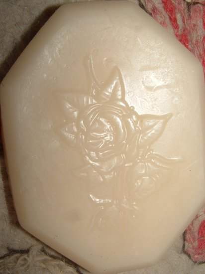 Natural Goats Milk Soap Roses Motif 2.5oz