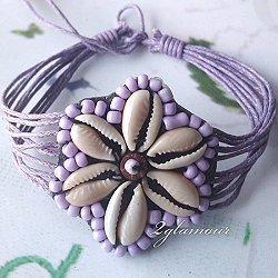 flower themed shell bead bracelet violet
