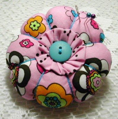 Round Flower Pincushion - Pretty inn Pink Floral