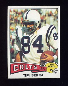 1975 Topps Football #301 Tim Berra - Baltimore Colts