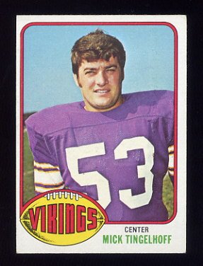 1976 Topps Football #441 Mick Tingelhoff - Minnesota Vikings NM-M