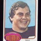 1976 Topps Football #397 Howard Fest - Tampa Bay Buccaneers