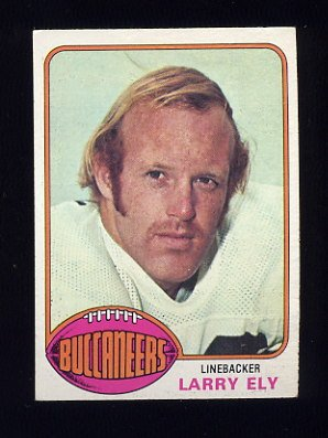 1976 Topps Football #243 Larry Ely RC - Tampa Bay Buccaneers