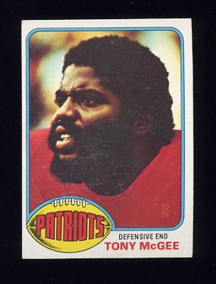 1976 Topps Football #224 Tony McGee - New England Patriots