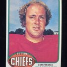 1976 Topps Football #436 Mike Livingston - Kansas City Chiefs