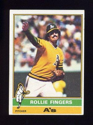 1976 Topps Baseball #405 Rollie Fingers - Oakland A's