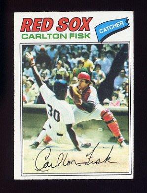 1977 Topps Baseball #640 Carlton Fisk - Boston Red Sox
