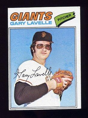 1977 Topps Baseball #423 Gary Lavelle - San Francisco Giants