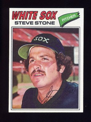 1977 Topps Baseball #017 Steve Stone - Chicago White Sox NM-M