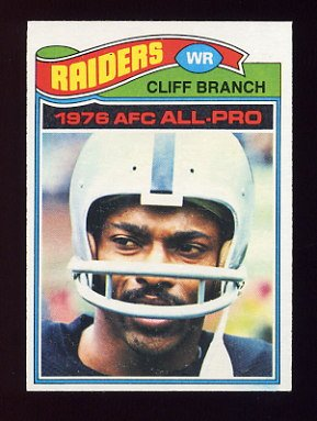 1977 Topps Football #470 Cliff Branch - Oakland Raiders