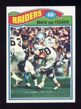 1977 Topps Football #354 Mark Van Eeghen RC - Oakland Raiders
