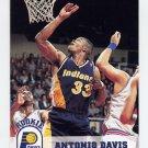 1993-94 Hoops Basketball #345 Antonio Davis RC - Indiana Pacers