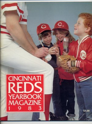 1983 Cincinnati Reds Yearbook Magazine with Team Card Set