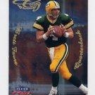 1999 Fleer Focus Football Glimmer Men #6R Brett Favre - Green Bay Packers