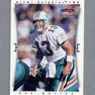1997 Score Football #009 Dan Marino - Miami Dolphins