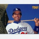 1997 Pinnacle Baseball #116 Eric Karros - Los Angeles Dodgers