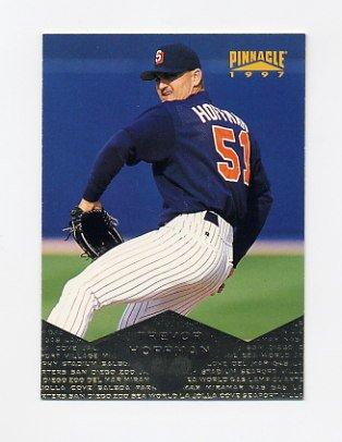 1997 Pinnacle Baseball #021 Trevor Hoffman - San Diego Padres