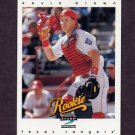 1997 Score Baseball #324 Kevin Brown - Texas Rangers