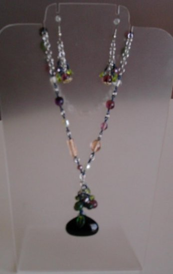 Onyx drop and chain maille