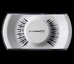 "MAC ""She's Good Lash"""