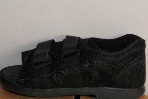 Health Design Post-Op Brace Weight Bearing Shoe Sz WM/Rt Foot