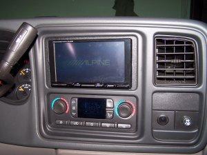 Alpine IVA-W200 indash DVD and Monitor