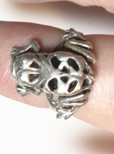 Sterling silver Ladies Ring Frog with Movable LEGS Size 3