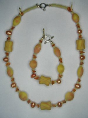 Jewelry set, freshwater pearls, polymer beads, carnelian chips