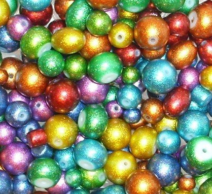30 Assorted Glitter Glass Beads