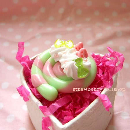Lollipop ring [mint x pink, pink berries, yellow & mint ribbons]