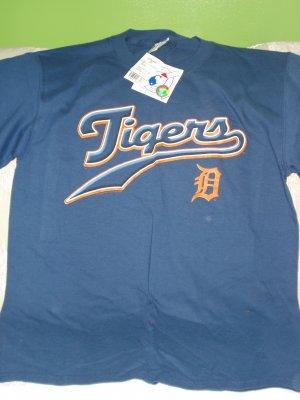 Free Shipping NWT Detroit Tigers Genuine MLB Merchandise Shirt M