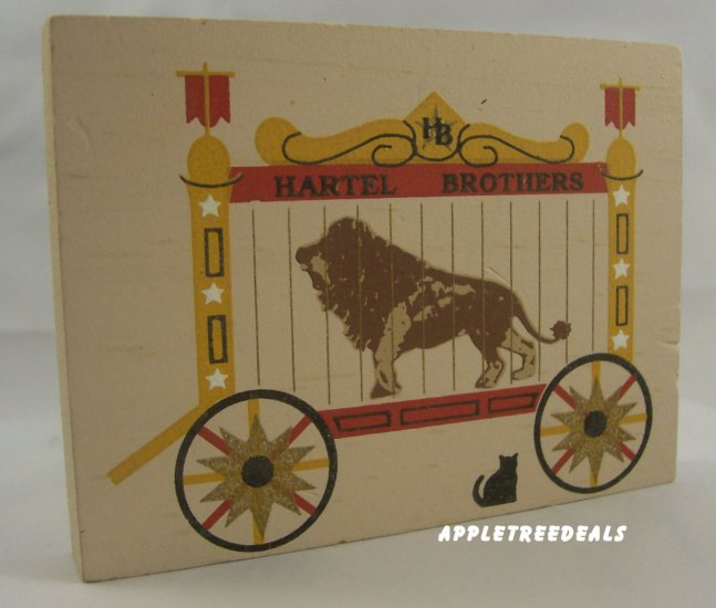 CAT'S MEOW VILLAGE ACCESSORY CIRCUS LION CAGE WAGON NEW