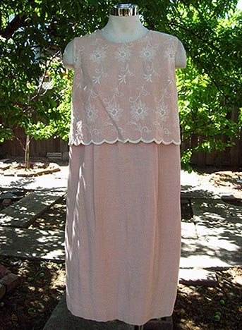 Size Med Maternity: PRETTY peach summer floral dress