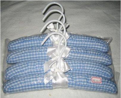Clothes Hanger (TS-026)