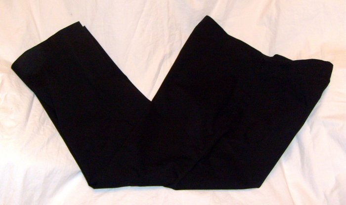 Liz Claiborn Michaela Have To Have Black Capri Pants Sz 8