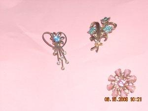 vintage lot of 3 pins