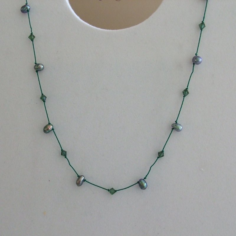 Green Peacock passion silk necklace