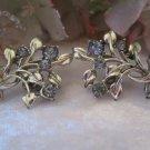 Flower bouguet clip earrings (Vintage, Sara coventry)