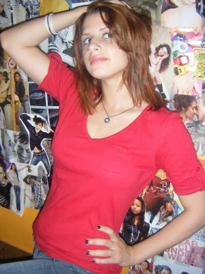 red short sleeve old navy shirt