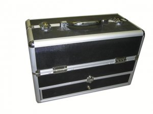 Makeup Train Case with bottom drawer Free Gift