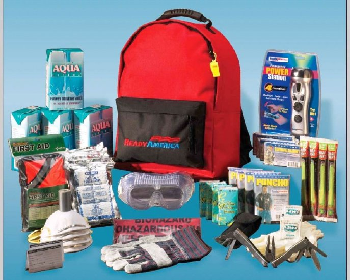 Four Person Deluxe Emergency/Evacuation Kit