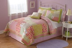 Julia Twin Quilt with Pillow Sham