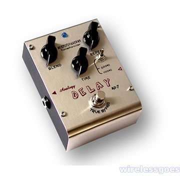AD-7�Analog delay effect Pedal