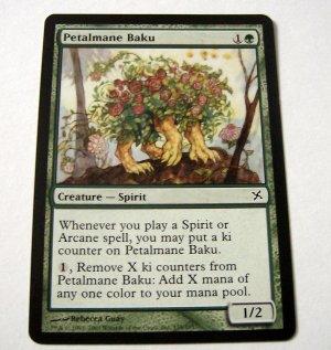 Petalmane Baku 139/165 green Betrayers common card