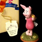 Piglet w/Bouquet - Pooh & Friends Love