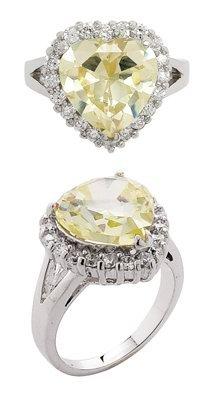 2.9CT HEAR CUT SIMULATED DIAMOND ENGAGEMENT WEDDING RING