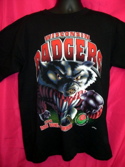 SOLD! UNIVERSITY of WISCONSIN Badgers XL T-Shirt 1994 Rose Bowl Cool!
