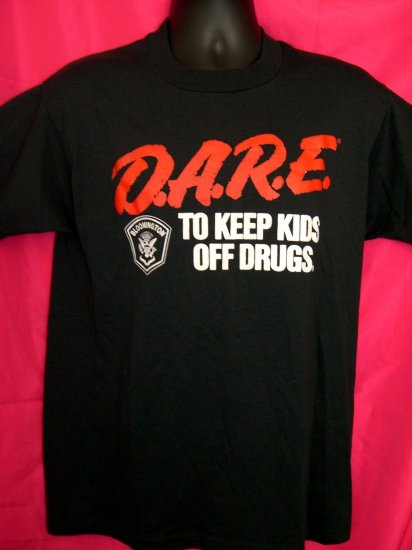 SOLD! D.A.R.E ( DARE )  To Keep Kids Off Drugs Vintage Medium Black T-Shirt  Bloomington MN