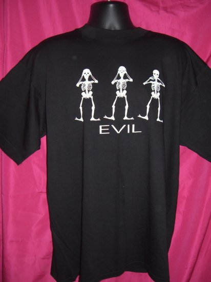 SOLD!  SEE HEAR SPEAK NO EVIL SKELETON XL Black T-SHIRT Glows in the Dark!! Halloween!
